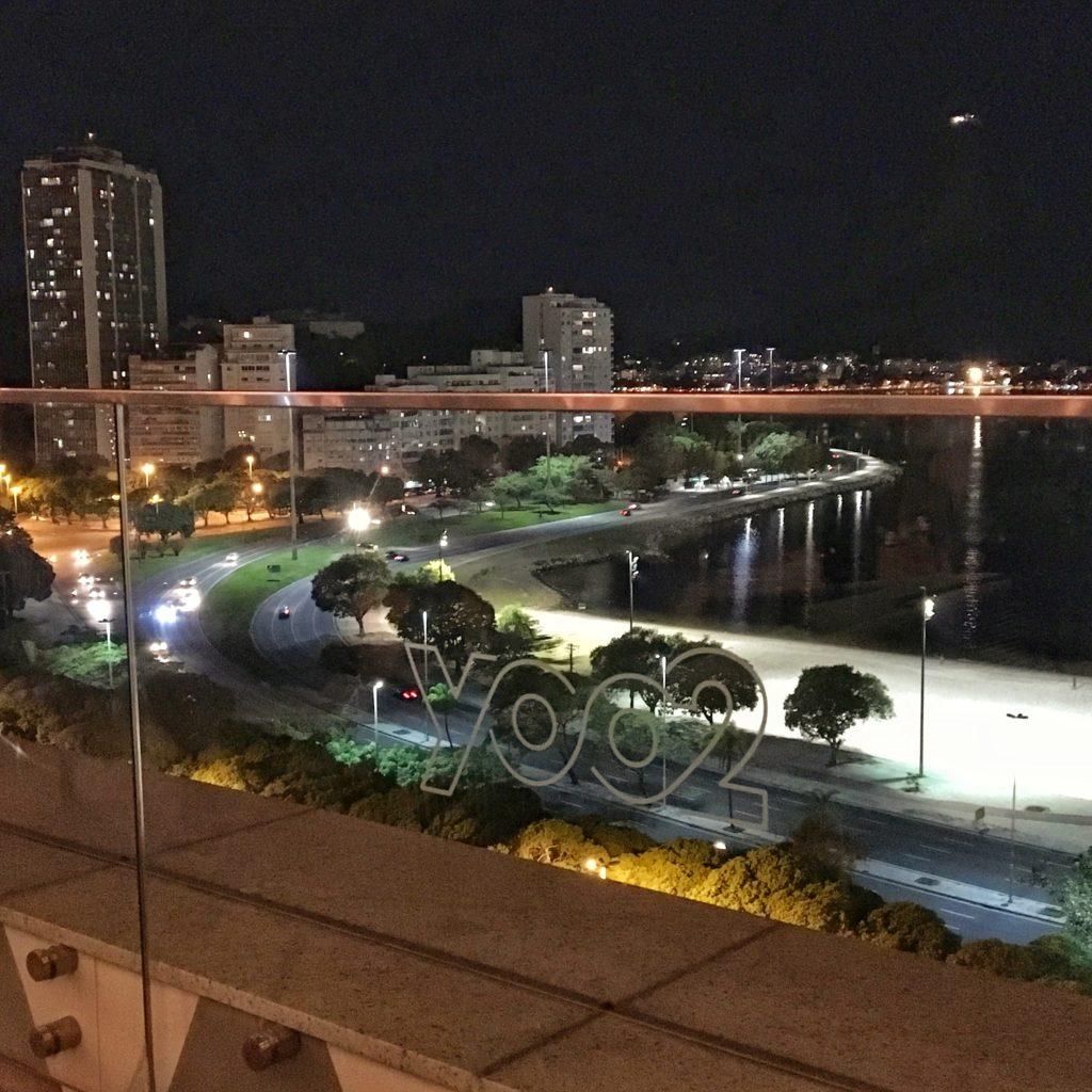The Rooftop Do Yoo2 Bar Com Visual Privilegiado E Aberto Ao Publico Vida Carioca