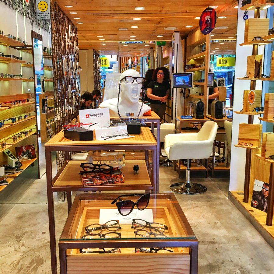 Oh!tk  a ótica onde é fácil escolher óculos   Vida Carioca 13b5100d95